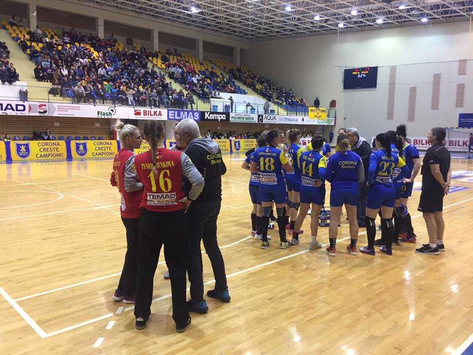 Handbalistele Coronei au câştigat cu Gloria Bistriţa şi se menţin pe locul trei