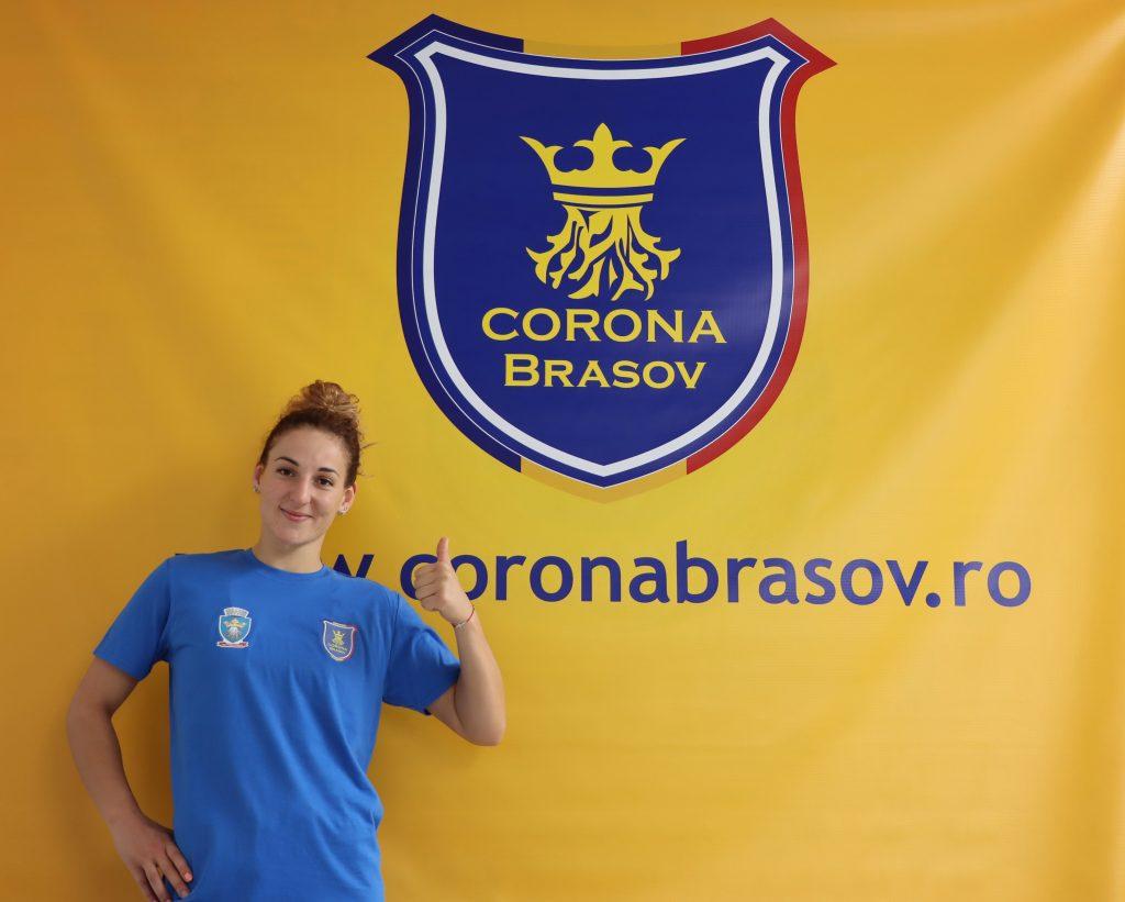 Tamara Smbatian a semnat cu Corona Braşov