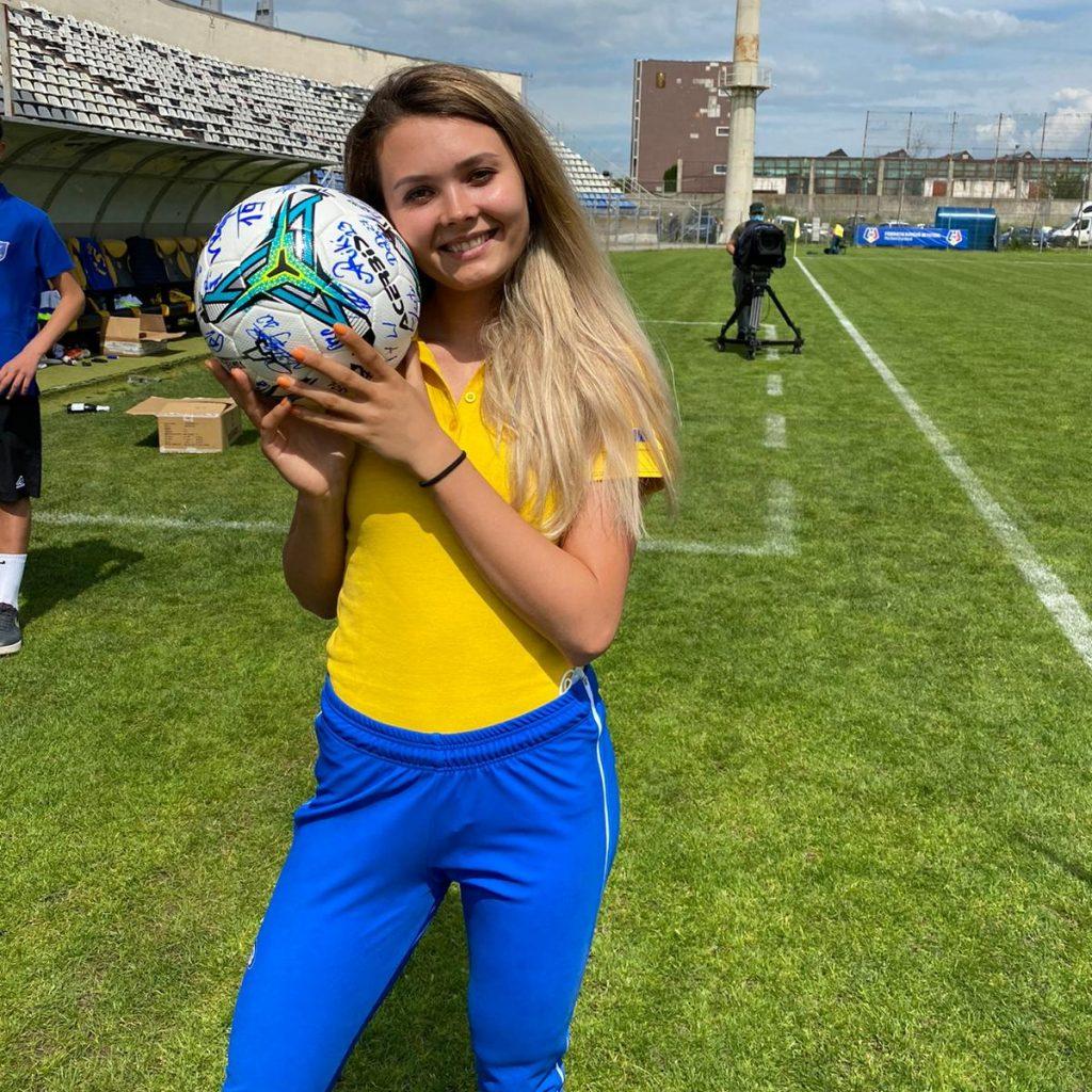 Mihaela Hogaș și-a susținut colegii la meciul de promovare